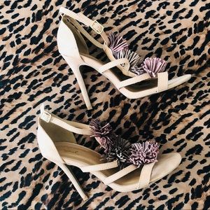 Nude Lavender strappy sandal heels summer vibes 🌞